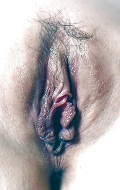 36 yo slut jenny from california shows her cunt