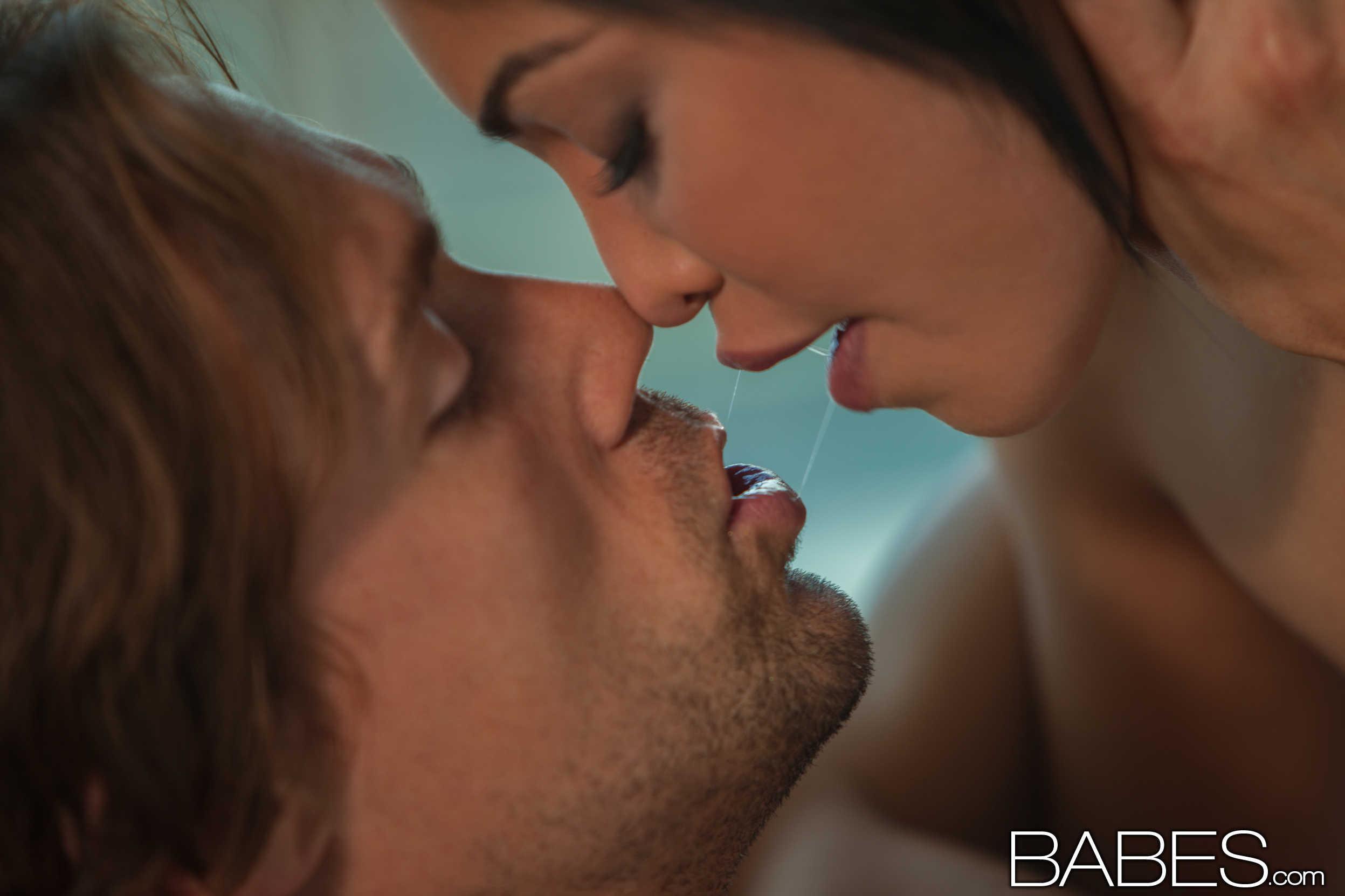 Смотреть, секс на работе. Красивое порно онлайн