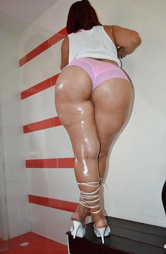 Thick latina ass