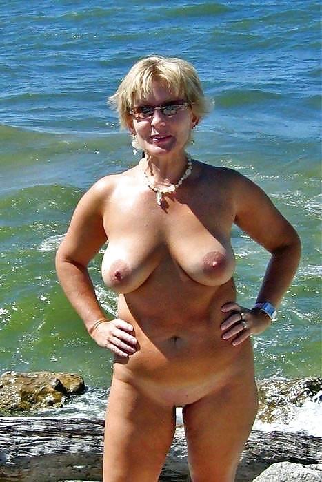 фото порно бесплатно зрелые женщины на море