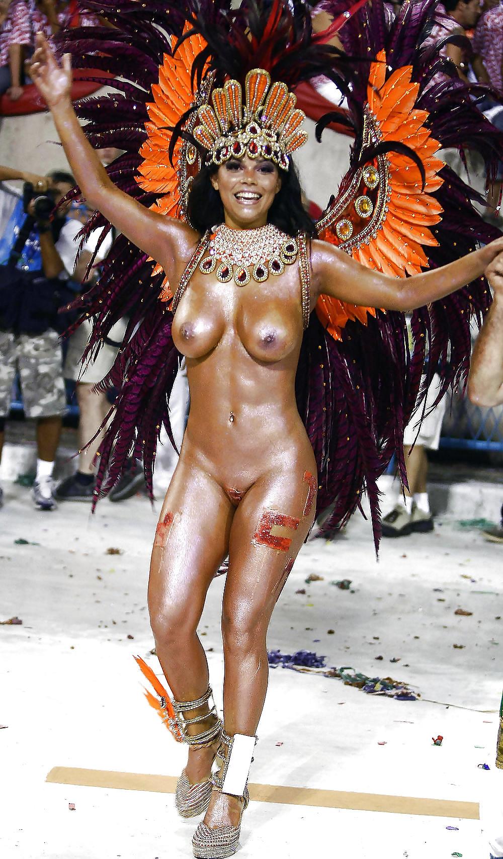 Смотреть онлайн карнавал приколы голых баб фото 617-683