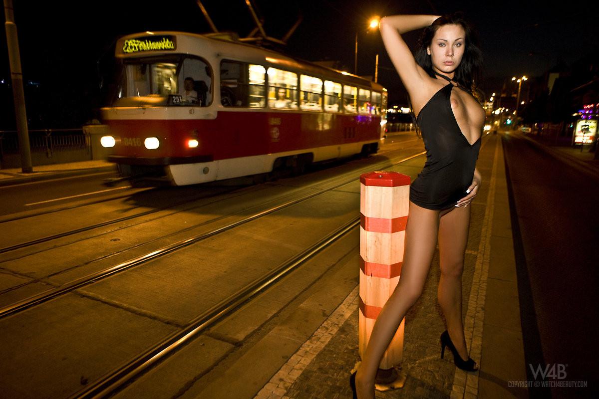 Съем русских проституток на улице 19 фотография