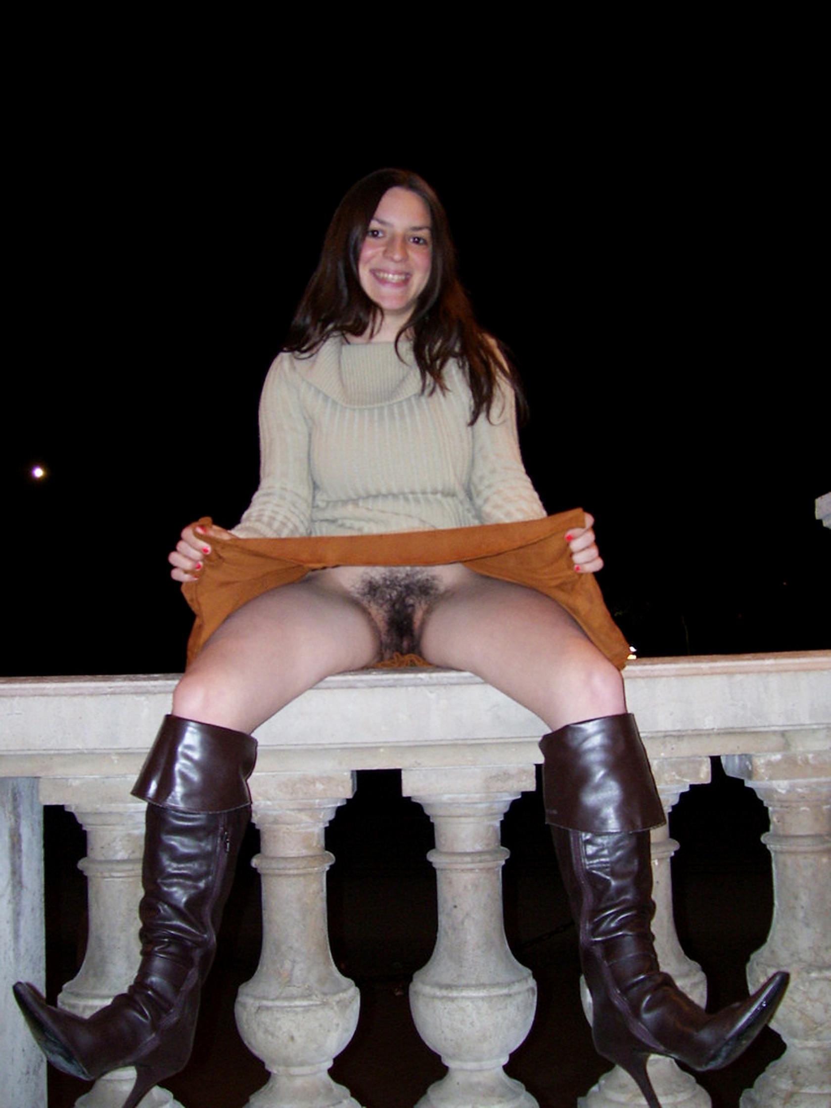 Под юбкой ретро порно