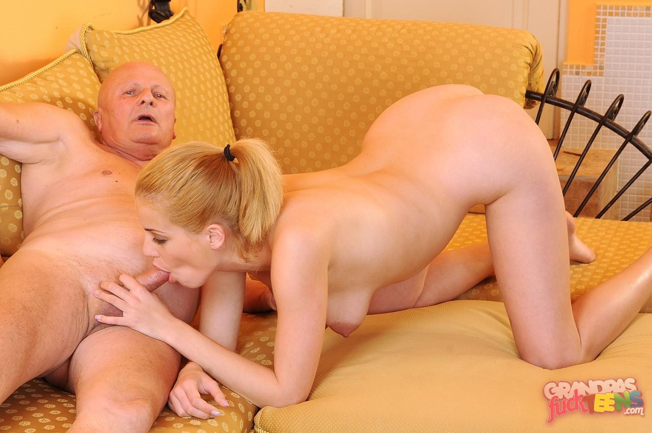 starik-trahnul-blondinku