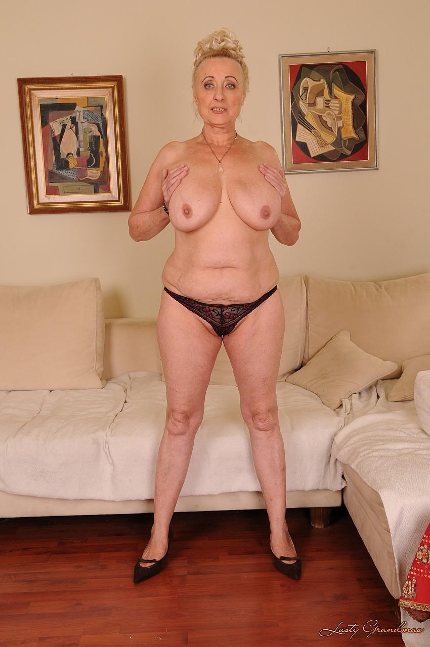 Секс сиськатыми старыми бабами фото 572-839