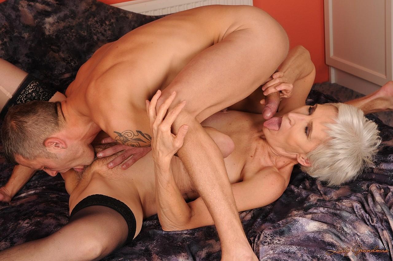 Секс с худой бабушкай 6 фотография