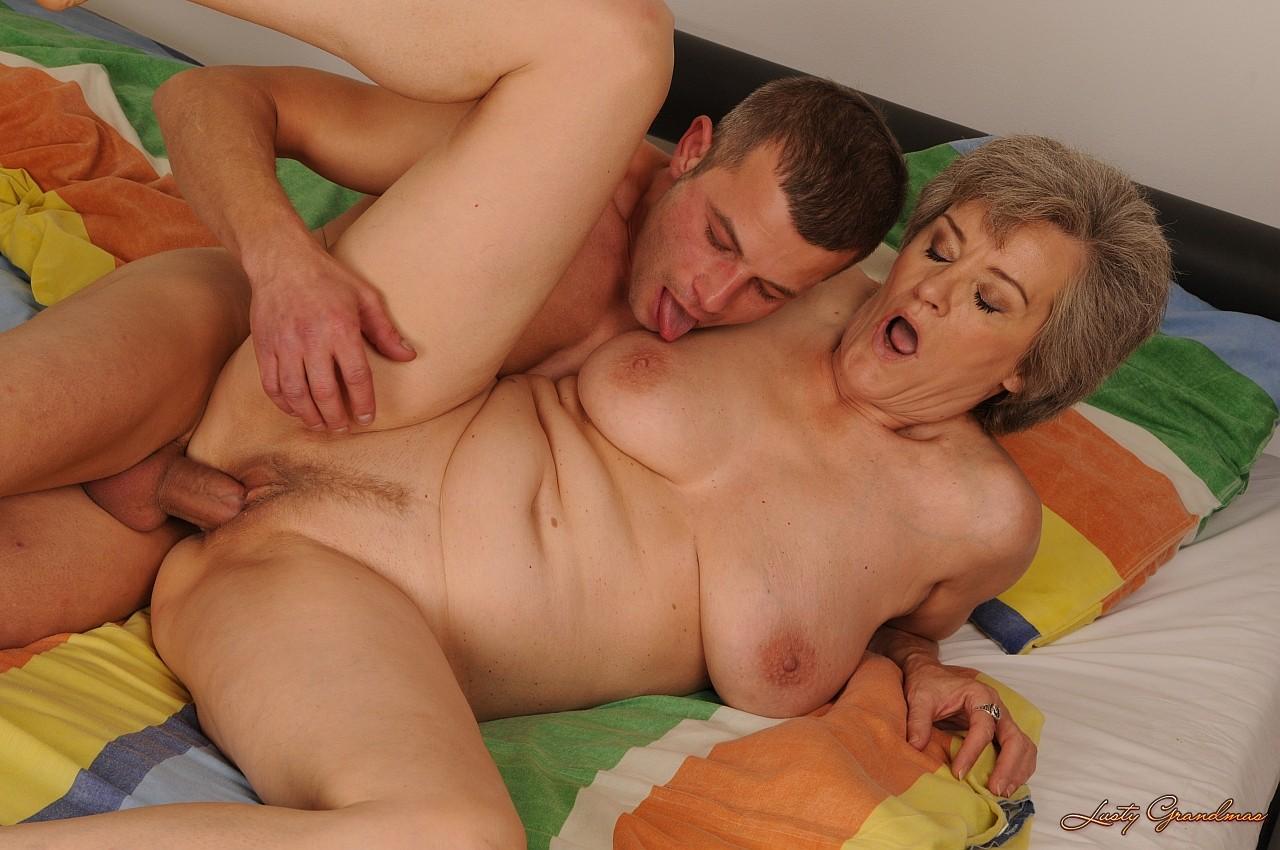 Трах с тётями порно рассказы, Секс история - «Секс с тетей» 8 фотография