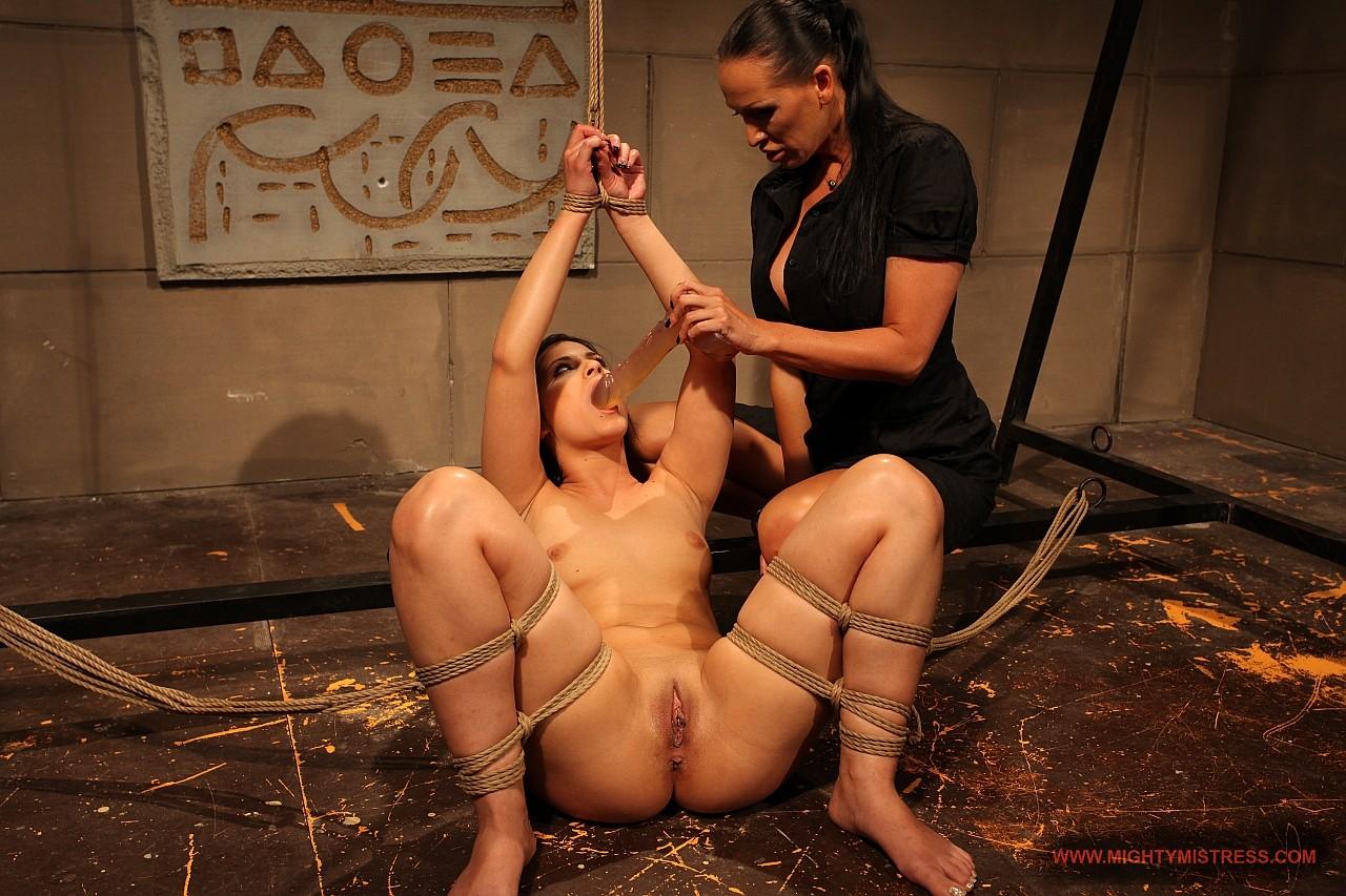 Связанные девушек секс, Бондаж - порно со связыванием и шибари на 24 видео 10 фотография