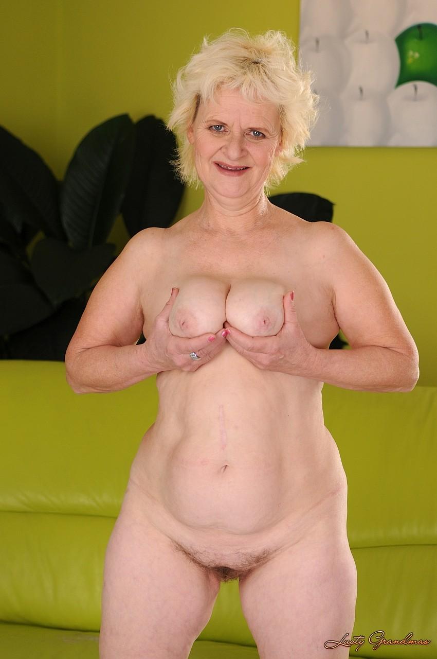 Старушки жирные голые 16 фотография