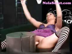 alicia-tease-hot-ebony-fuck-machine