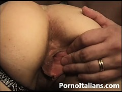 natasha-kiss-scopata-in-figa-dal-marito-pornostar-italiana