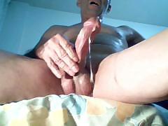 wonderfull-masturbating-and-big-orgasm