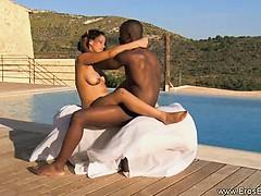 african-ebony-love-outdoors