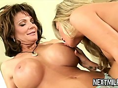 horny-mature-housewives-go-lesbian