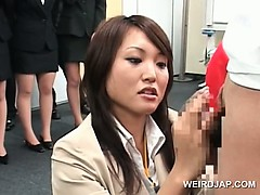 teen-japanese-girl-showing-dick-rubbing-skills-at-sex