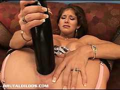 busty babe felony fills her vagina with a big dildo