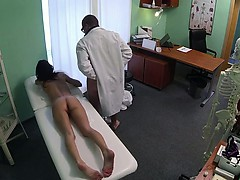 doctor-fucks-brunette-and-cums-on-her-pussy-in-hospital