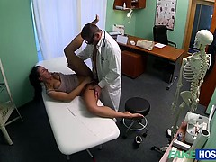 milf-valentina-sexual-affair-with-doctor