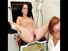 rhoda-visits-pussy-doctor-for-speculum-examination