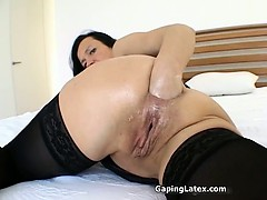 dirty-brunette-slut-gets-horny-fisting-part3