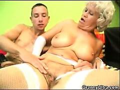 cock-sucking-granny-in-lingerie