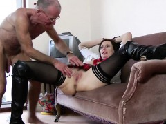 english-mature-pussy-and-ass-fingered