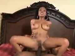 ebony-milf-with-a-great-ass-gets-fucked