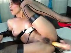 latina-cachonda-on-webcam-www-celecams-com