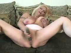 mature-blonde-mother