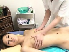 asian-chick-gets-a-massage