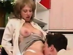 horny-women-wearing-pantyhose