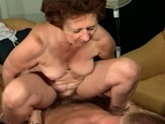 mature-woman-likes-take-in-younger-dick