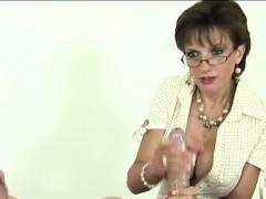 lady-sonia-gives-bdsm-handjob