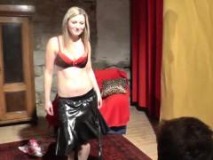 busty-hottie-does-hot-lapdance-show