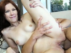 attractive-girlfriend-loves-sexy-fuck-and-wild-lechery