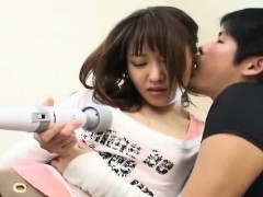 subtitled-japanese-woman-teased-by-magic-wand-massager