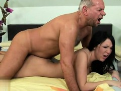 sexy-housewife-facial