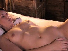 beautiful-brunette-babe-masturbates-in-bedroom