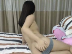 sexy-as-hell-chinese-trimmed-teenager-linda