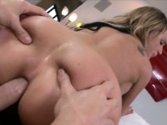 Huge ass blondie ho Nikki Sexx anal devastated with big cock