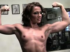 pornstar-inari-vachs-shows-off-her-fit-body