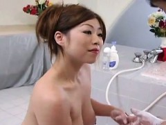 subtitled-cmnf-voluptuous-japan-soapland-queen-handjob