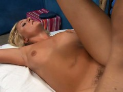 lusty-pretty-girl-gets-huge-facial