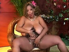 big-black-woman-playing-with-her-toy