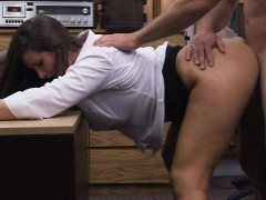 phat-bum-amateur-brunette-babe-fucked-in-the-backroom