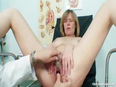 big-tits-milf-agnesa-perverted-pussy-examination