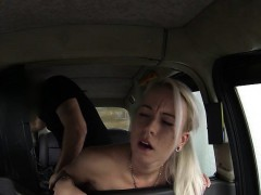 sexy-amateur-blond-girl-sucks-cock-and-fucked-by-fake-driver