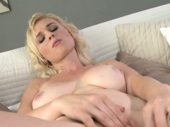 natural-busty-mature-masturbating-to-orgasm