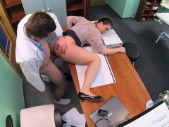 fakehospital-horny-saleswoman-strikes-a-dea