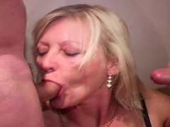 older-mature-wife-does-bukkake